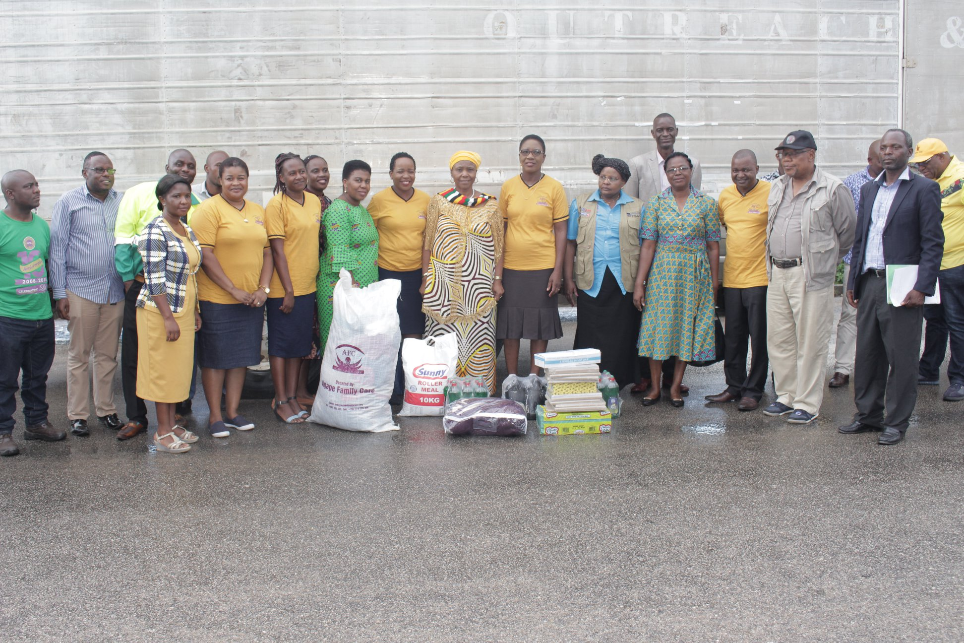Thousands Partner With Emmanuel and Ruth Makandiwa's Cause For Cyclone Idai Victims