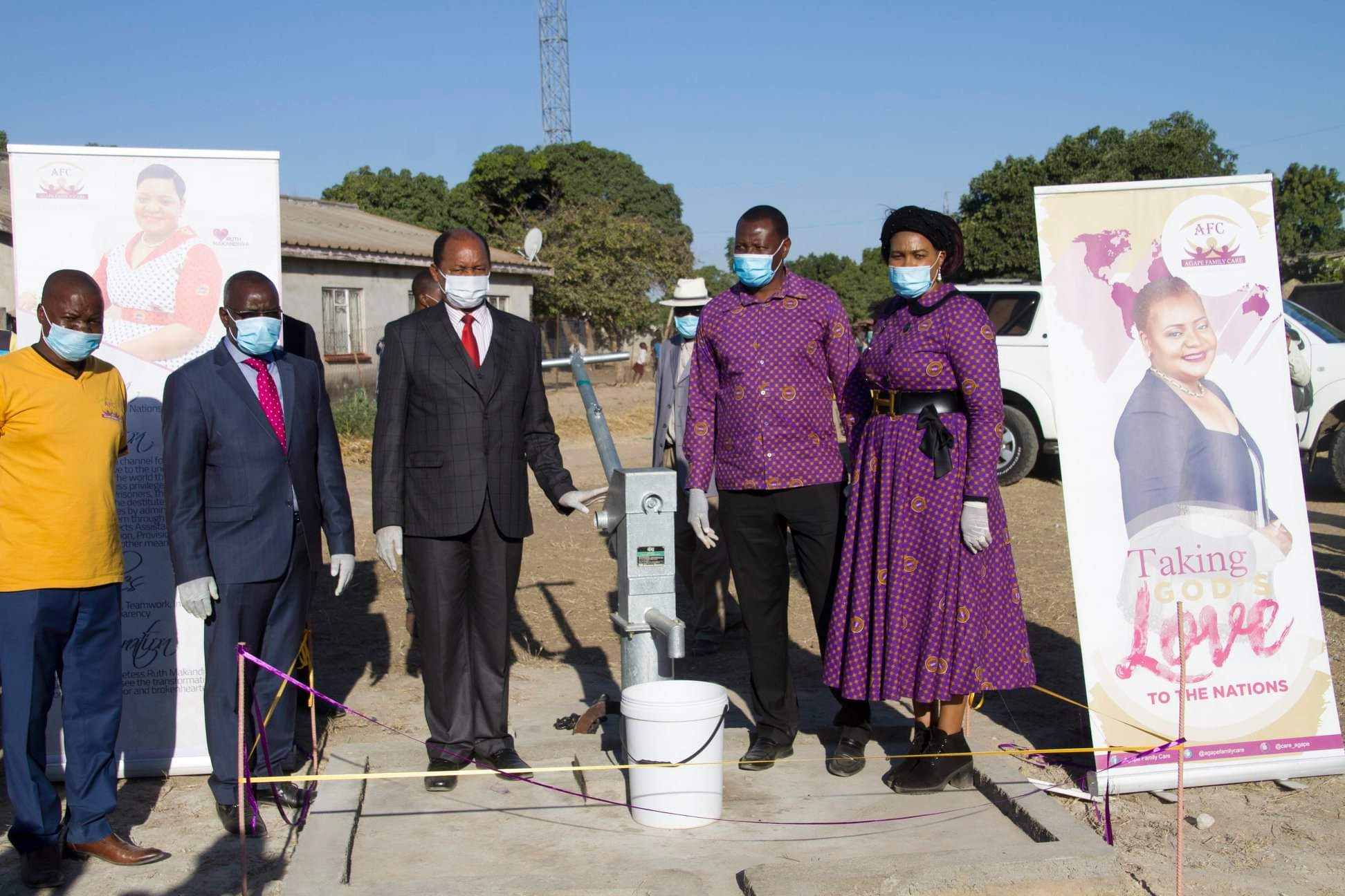 Emmanuel and Ruth Makandiwa Donate Boreholes To Chitungwiza Community