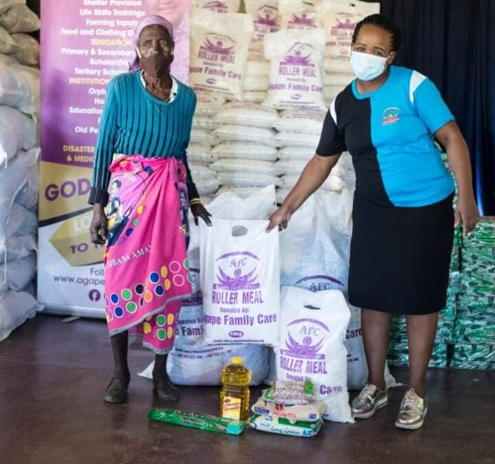 Ruth Makandiwa Donates In Hurungwe